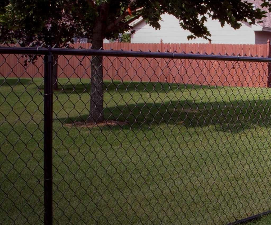 Забор из сетки рабица под ключ